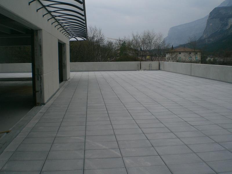 Pavimentazioni terrazzi e spazi aperti - Tes Group s.r.l.